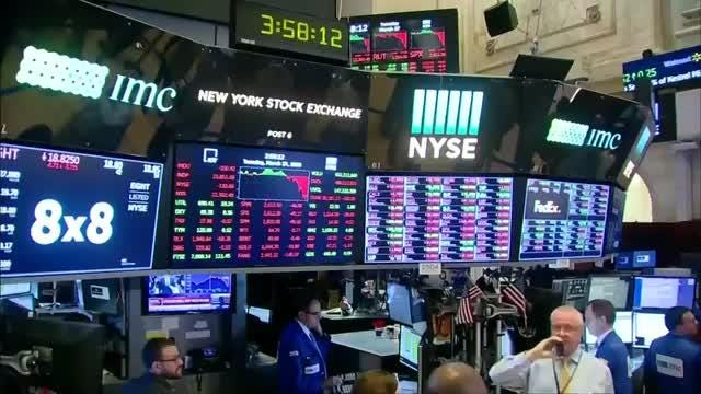 Wall Street drops as tech sells off