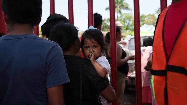 Image result for PHOTOS OF HONDURAN CARAVAN