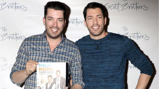 who r the property brothers dating Property brothers - webisode 21: date presentation  must-see insane stunt with the property brothers causes fans to nearly pass out - duration: 3:25.