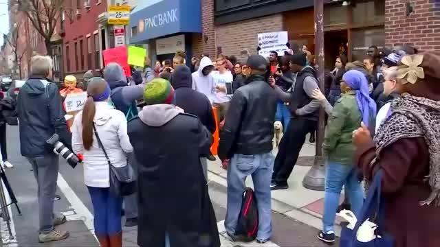 Protesters target Starbucks in Philadelphia over arrests of black men
