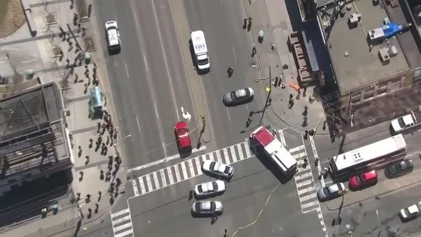 00d5c5ec92 Driver hits pedestrians in Toronto