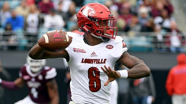 An unnamed offensive coordinator recently said that when Lamar Jackson 'throws, he hopes'. The NFL draft prospect had a confident response to those remarks.
