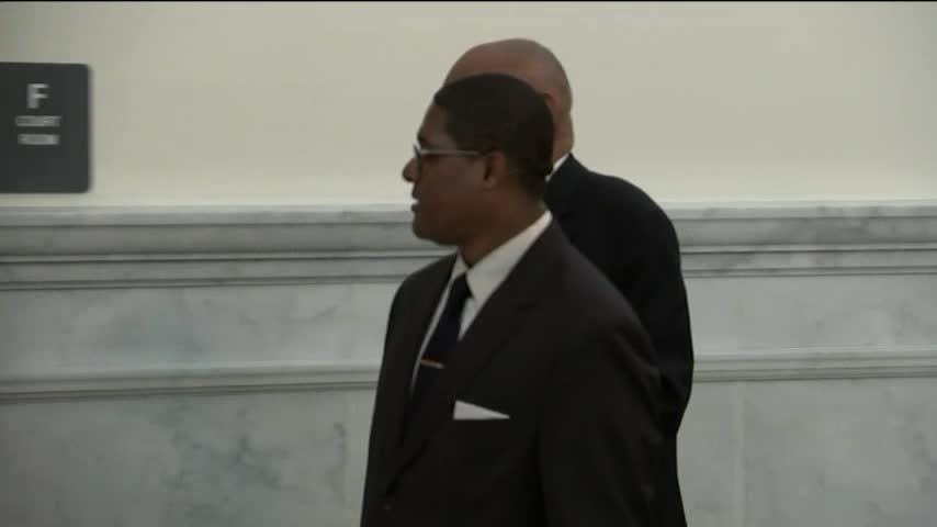 Comedian Bill Cosby arrived at a Norristown, Pennsylvania courthouse Thursday as jurors in his sexual assault retrial kicked off a second day of deliberations. (April 26)