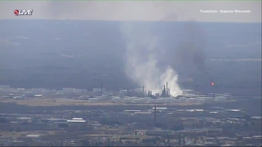 Fire extinguished at Superior oil refinery after at least 20 were injured in explosions & Oil refinery in northern Wisconsin rocked by blast