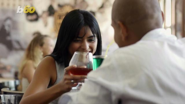 Experts say to ask and avoid these awkward first date questions