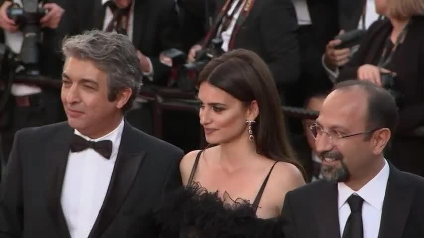 Cruz and Bardem celebrate opening Cannes