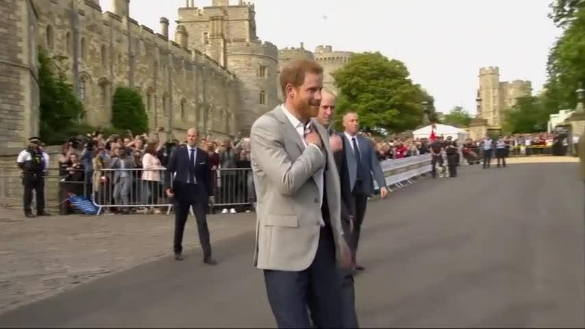 Meghan Markle and her mother arrived at the Cliveden House Hotel in Berkshire on Friday, a day ahead of her wedding to Britain's Prince Harry. Harry and Prince William greet crowds of well-wishers in Windsor ahead of the royal wedding. (May 18)
