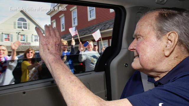 Over 300 well-wishers lined the streets in Kennebunkport to greet George H.W. Bush.