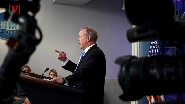 While speaking on CSPAN Former White House Press Secretary Sean Spicer said the White House daily press briefing is no longer relevant. Veuer's Sam Berman has the full story.
