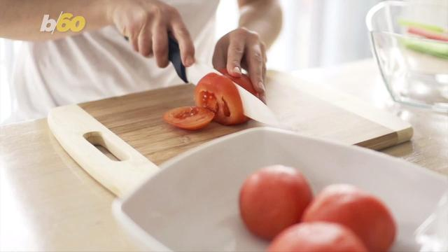 No matter how you slice it, the great debate as to whether a tomato is a fruit or a vegetable is always on the chopping block. Buzz60's Sean Dowling has more.