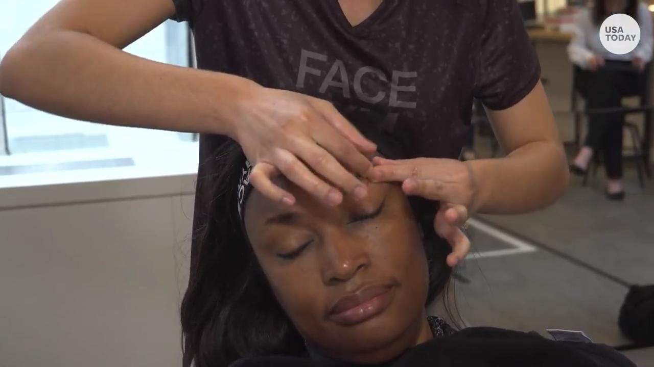 Saks Fifth Avenue bets 'magic mirrors,' face workouts to beat Sephora and Ulta