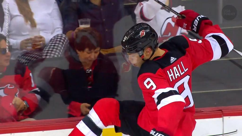 Taylor Hall thinks NHL stars should be more active on social media