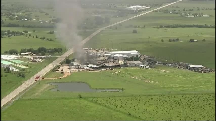 Authorities say nobody has been hurt in several explosions and a fire at a gas and cylinders company in rural Central Texas. (July 17)
