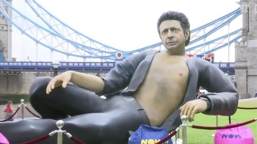 "Londoners and tourists alike have been bemused to find a giant statue of a bare-chested Jeff Goldblum next to the city's iconic Tower Bridge, celebrating the 25th anniversary of ""Jurassic Park."" (July 19)"