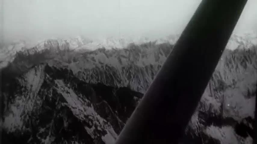 Europe's heatwave has uncovered the wreckage of a World War II-era plane that crashed in the Bernese Alps 72 years ago. (Aug. 17)