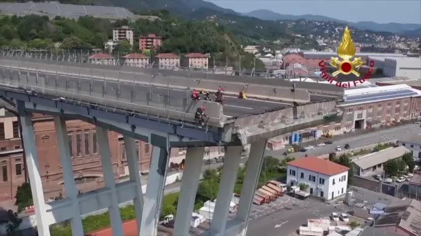 Italian firefighters on Saturday released drone footage showing emergency efforts to secure the area around the highway bridge in Genoa that collapsed on Tuesday. (Aug. 18)