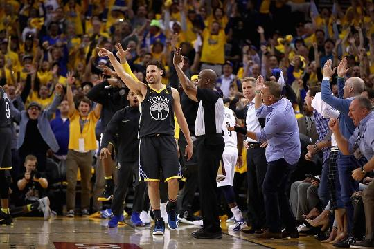 Klay Thompson says he would like to finish his career with the Golden State Warriors, although he wouldn't mind testing the free agent market as well.