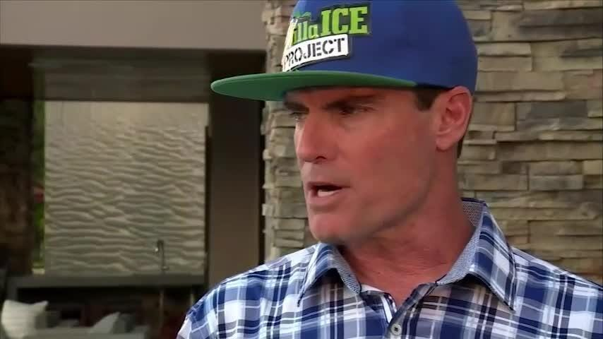 Rapper Vanilla Ice describes sick plane scare