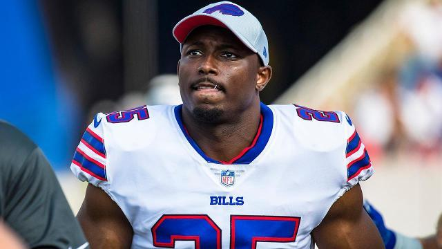 Buffalo Bills running LeSean McCoy broke his ribs during Sunday's loss to the Los Angeles Chargers, reports NFL.com's Ian Rapaport.