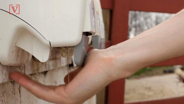 Study: Kids who use hand sanitizer over soap & water miss less school