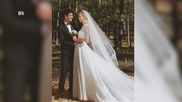 27bfa464 Karlie Kloss is married! Supermodel weds Joshua Kushner