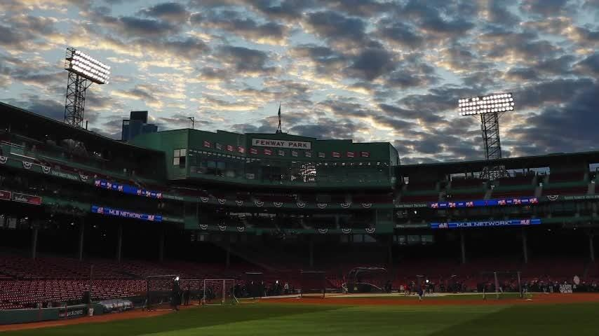 AP sports writerBen Walker recounts highlights of World SeriesGame 1between Boston Red Sox and Los Angeles Dodgers.(Oct. 24)