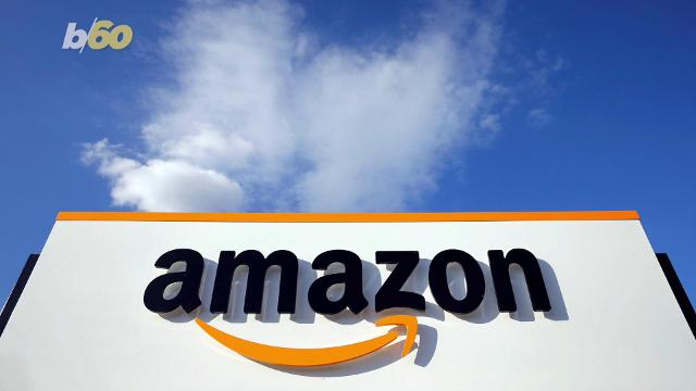 Amazon offers free shipping on all orders for holiday