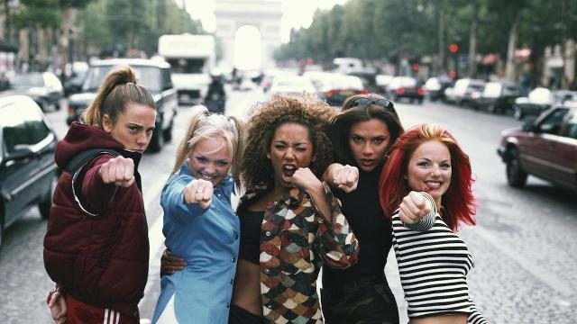Spice Girls' Mel B says she hooked up with bandmate Geri Halliwell