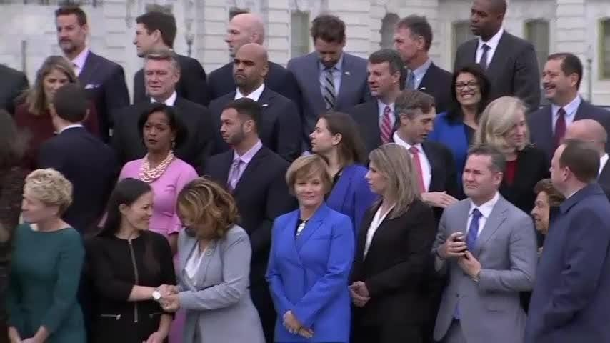 Incoming House members of the 116th Congress came together outside the US Capitol for their class photo. The freshman class includes a record number of women who drove the most powerful Democratic sweep of the House since 1974. (Nov. 14)
