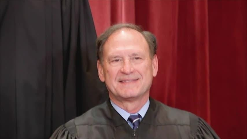 Mississippi professor, who went to Georgetown Prep with Brett Kavanaugh, sues HuffPost