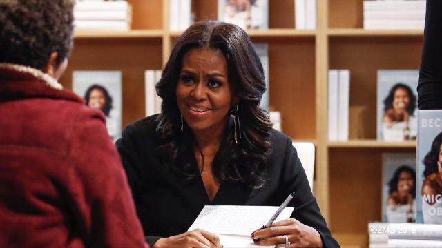 Michelle Obama can now claim to have the bestselling book of 2018! Keri Lumm reports.