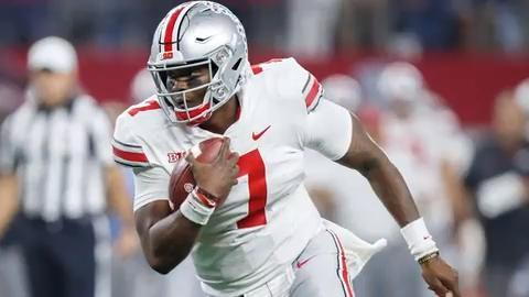 Ohio State quarterback Dwayne Haskins Jr., who set single-season Big 10 records in touchdown passes and passing yards in 2018, announced Monday he will enter the NFL draft.