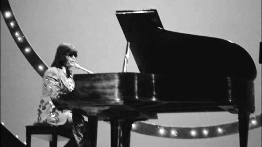 """Country soul iconRonnieMilsapspent years recording 13 guest artists and bands for his new album, """"RonnieMilsap: The Duets,"""" which came out two days after his 76th birthday. (Jan. 18)"""