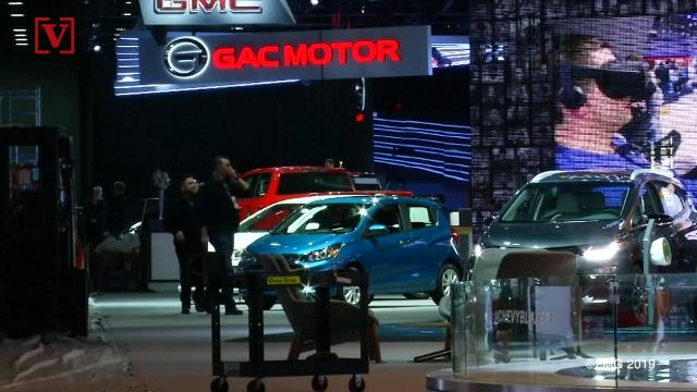 GM begins cutting 4,000 more jobs
