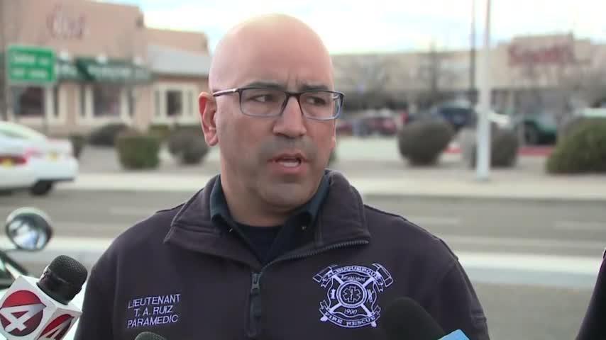 Albuquerque police investigate blast near mall