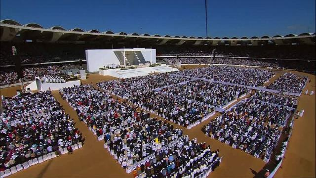 Pope Francis holds a historic public mass for an estimated 170,000 Catholics at an Abu Dhabi stadium on the first ever papal visit to the Muslim Gulf.