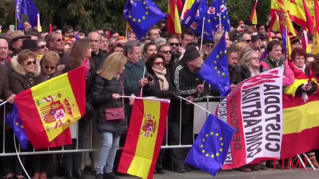 Thousands of Spaniards joined a right-wing rally in Madrid on Sunday to demand that Socialist Prime Minister Pedro Sanchez step down.