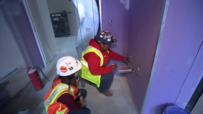 Nonprofits help women fill construction jobs