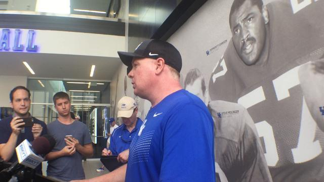 Mark Stoops breaks down UK's first preseason scrimmage