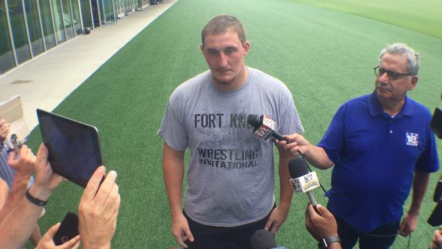 UK OL Landon Young talks LT competition after Mosier injury
