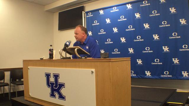 UK coach Mark Stoops breaks down Florida heartbreak, looks ahead to Eastern Michigan