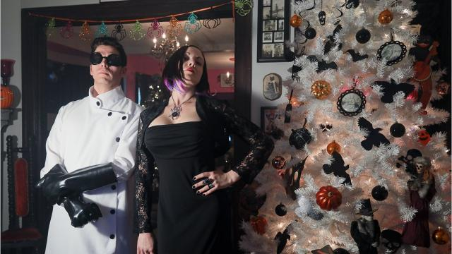 A little bit of glitz. A little bit of bat. These local rockers douse their dark but sparkling Highlands home with Halloween decor each year. Enter if you dare!