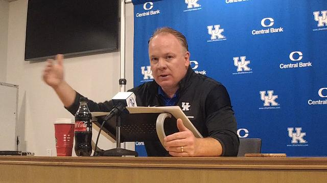 UK coach Mark Stoops previews Louisville game