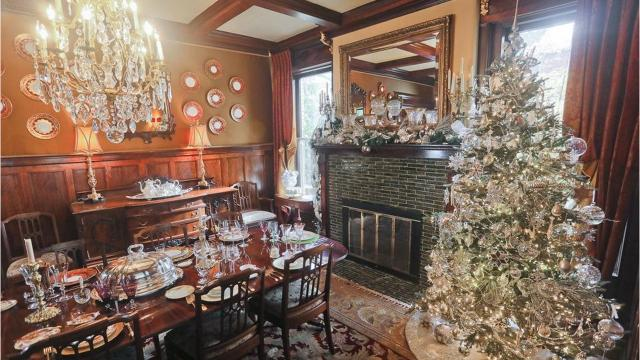 This Old Louisville mansion is glamorous and festive for the holidays. Take a look around!