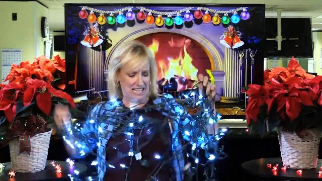 Kirby Adams straightens out all your issues with your holiday lights.