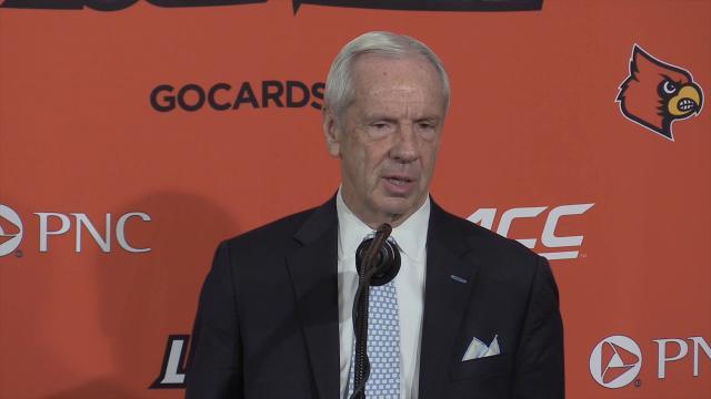 North Carolina coach Roy Williams recalls recruiting David Padgett to play at Kansas before announcing that he was taking the North Carolina job.