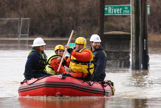 These Louisville Water employees are using boats to get to work