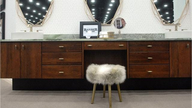 Experts at the Home, Garden and Remodeling Show tell us what's hot in home design for 2018.
