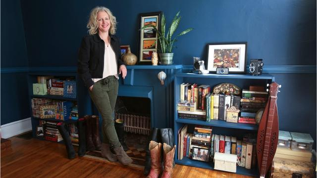 Dana McMahan started as a novice renter but now is an Airbnb superhost in Old Louisville. How did she do it? She'll tell you the ins and outs.