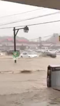 Raw video: Heavy rain floods Del. 2 near Newark